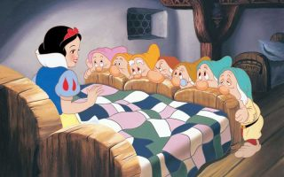 Snow White with the 7 dwarfs