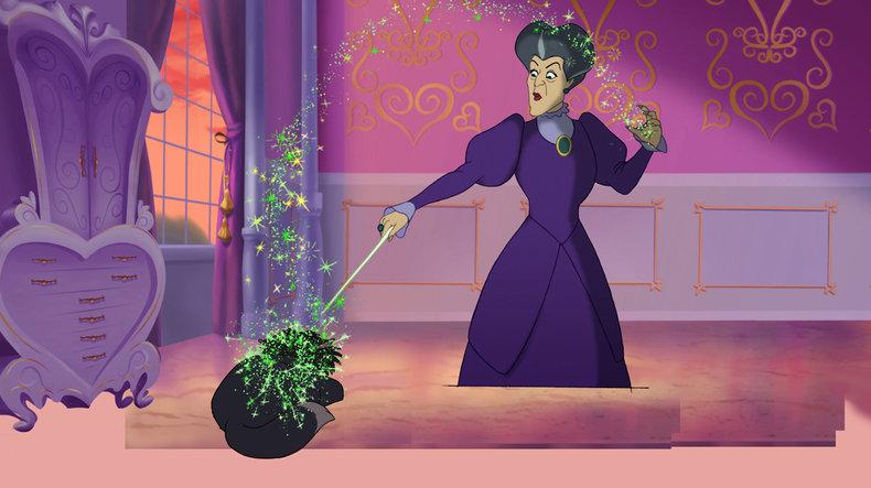 Cinderella's stepmother using MAGIC in Cinderella 3.
