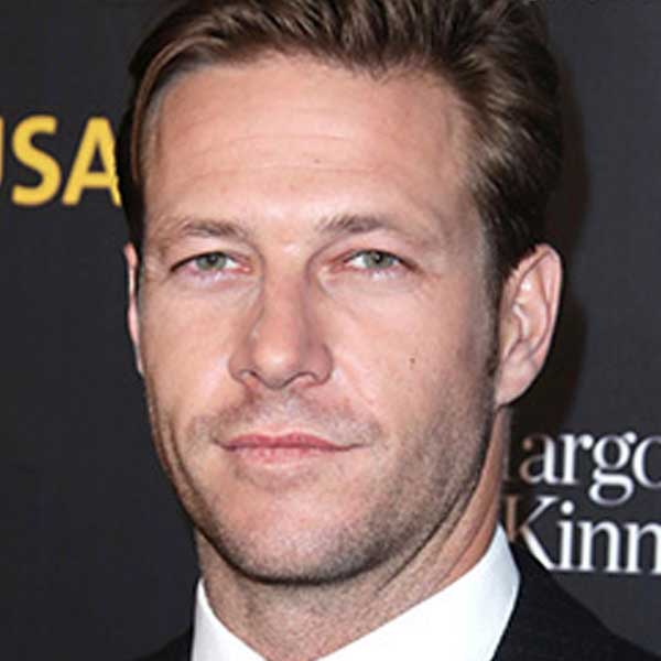 Netflix's Chris Hemsworth (Luke Bracey)