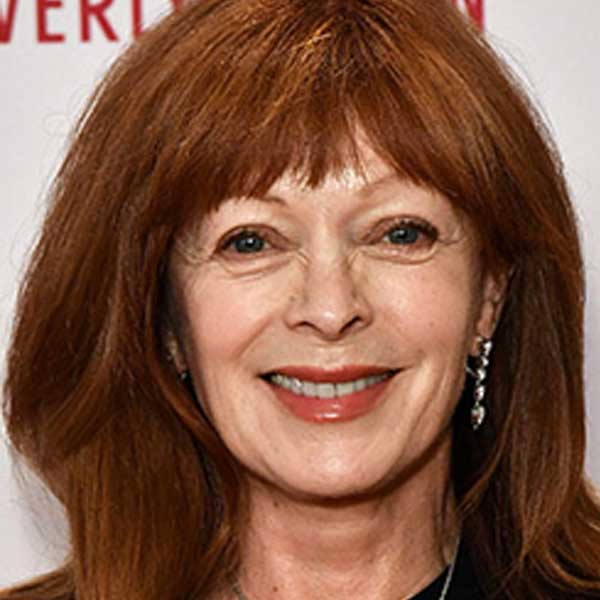 Rose's mother (Frances Fisher) is still alive?